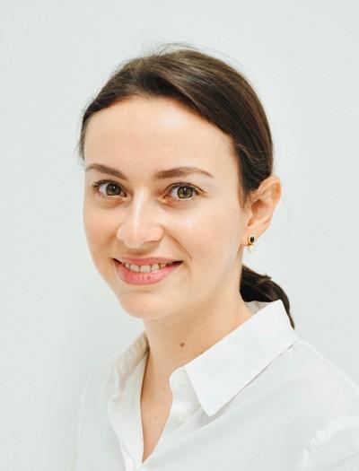 Dr. Valérie Hofacher